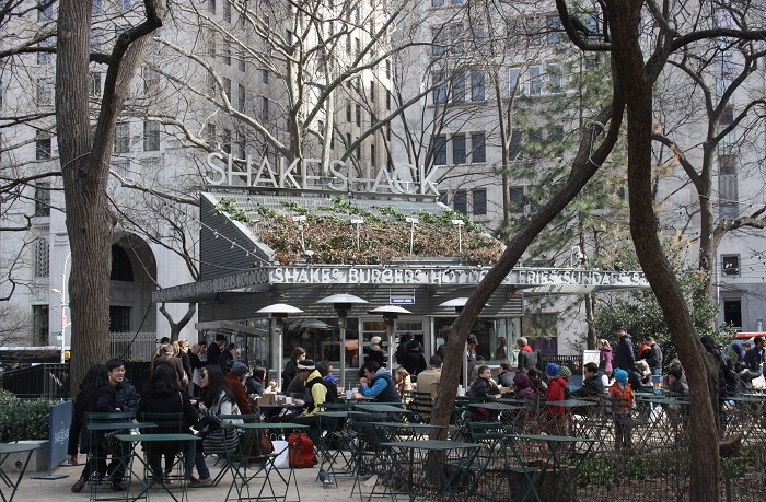 Shake Shack in Madison Sqaure Park - Manhattan, New York City